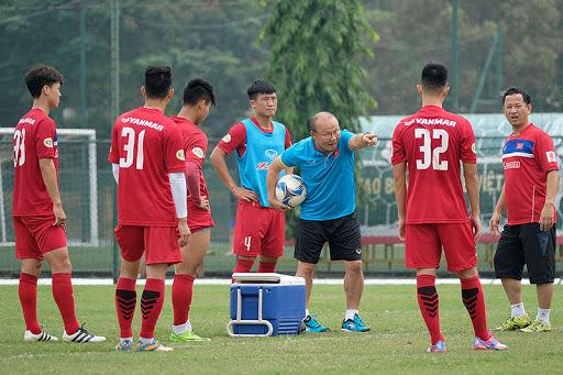 HLV Park Hang Seo tiếp tục huấn luyện