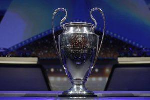 Hình ảnh Cúp của giải đấu Cúp C1.
